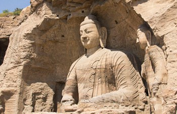 One Day Tour of Yungang Grottoes and Hanging Monastery