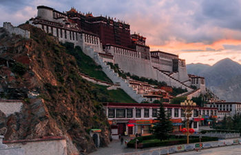11 Days Tibet & Silk Road Group Tour by Train-B