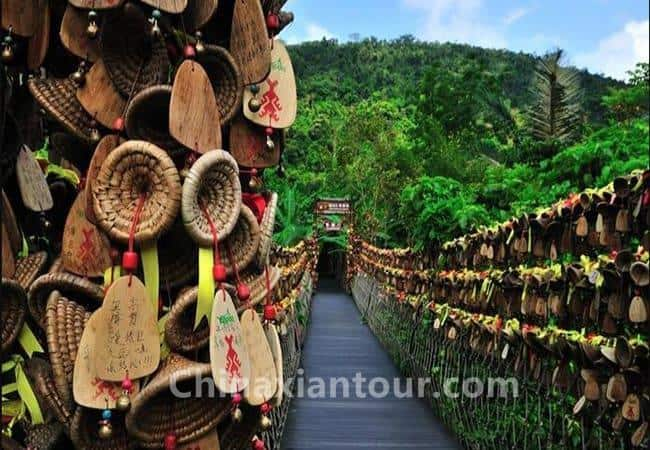 One Day Sightseeing and Folk Culture Tour