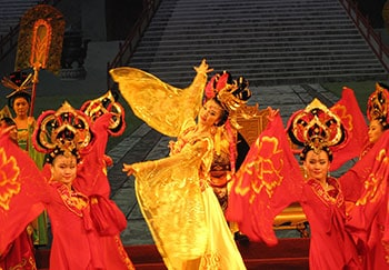 Xian Group Day Tour Terracotta Warriors + Huaqing Pool +Tang Dynasty Show