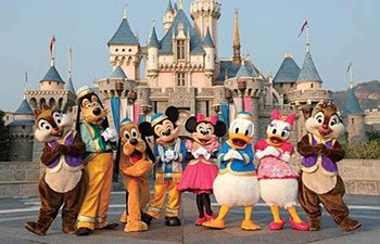 Shanghai Family Day Tour to Disneyland Park